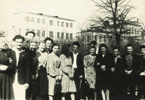 Inna y Virgilio en la manifestación del 1º de mayo de 1949 en Sverdlovsk