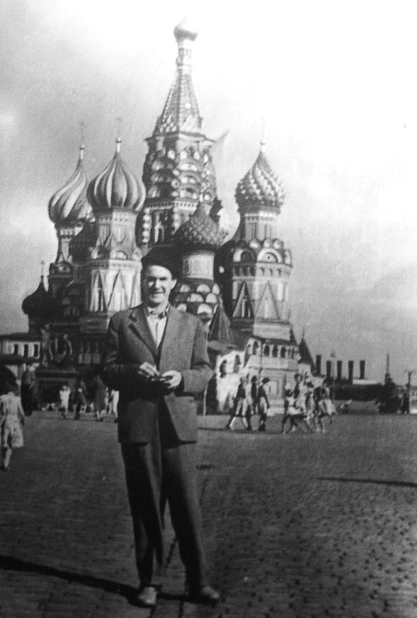 El capitán José Álvarez, Pepín, en la Plaza Roja de Moscú, 1960. Foto de José Arregui