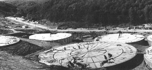 Aspecto de la construcción de los tanques de hormigón prefabricado y pretensado